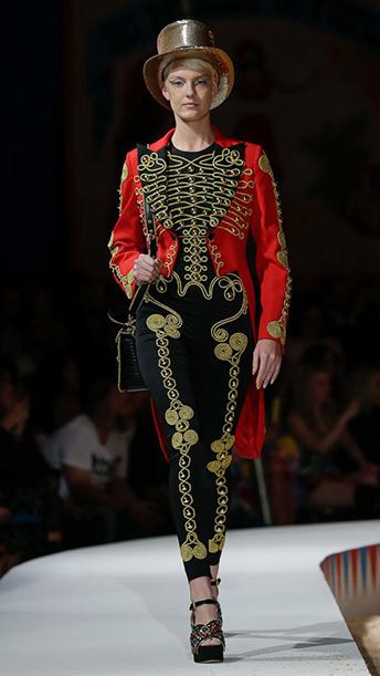 Moschino SS 2019 Menswear